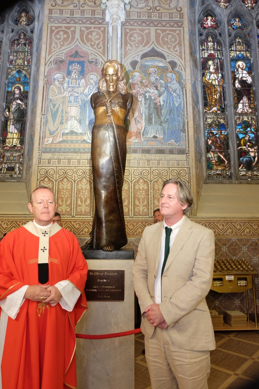 St-Oliver-Statue-Unveiling-08